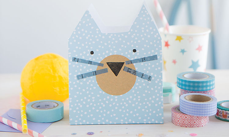 Stamped-Paper-Party-Bags